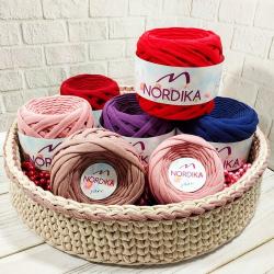 Трикотажна пряжа Nordika Yarn 7-9 мм мінімоточки по 50 м