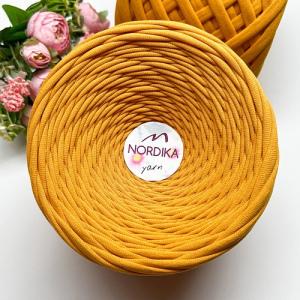 Трикотажна пряжа Nordika Yarn 7-9 мм абрикос 79-012