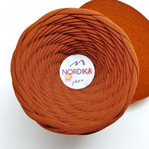 Трикотажна пряжа Nordika Yarn 7-9 мм табак 79-033